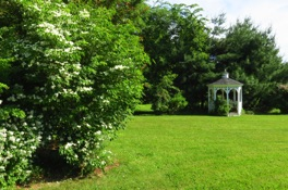 bed-and-breakfast-gazebo-hollis-nh.JPG